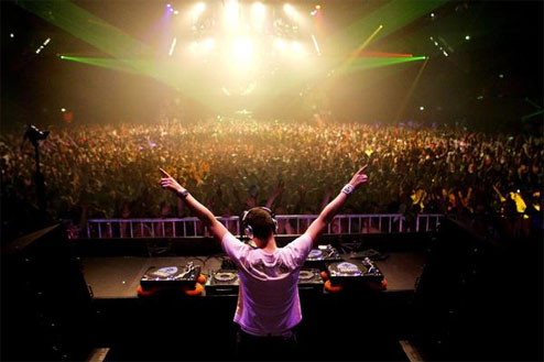 1-tiesto_in_dj_hero1